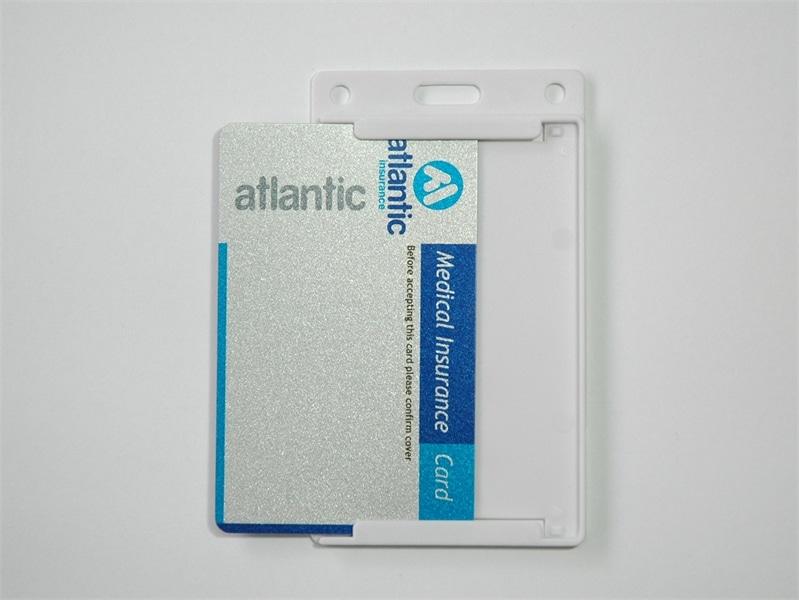 מנשא כרטיסי עובד קשיח פתוח אנכי